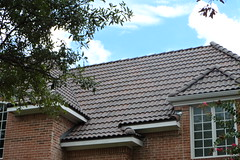 5507 Clermont, Colleyville TX   (3) (America's fastest growing roof tile.) Tags: tuscan spanish mediterranean concreterooftile concretetile concretetiles crownrooftiles roofs roof roofing roofingrooftiletileroofconcreterooftile tileroofs rooftiles