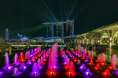 Clifford Pier (ChieFer Teodoro) Tags: canon 6d 1635 1635mm phottix aion sunwayfoto gitzo singapore long exposure mbs marina bay sands clifford pier fountain light show flyer asm landscape nightscape