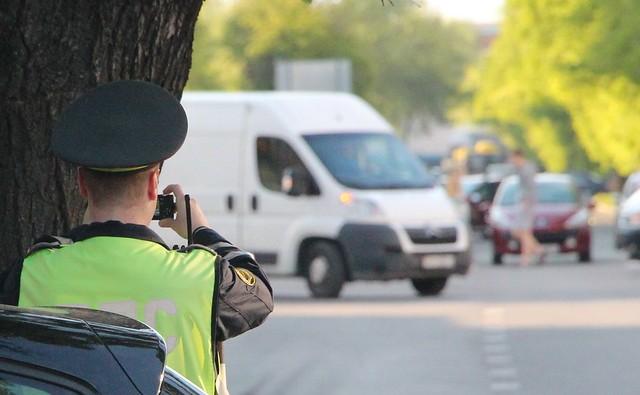 МВД предложило облагать штрафом нарушителей ПДД при помощи мобильного приложения