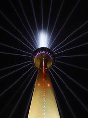 Rheinturm zum 70. NRW-GEBURTSTAG (pithopani71) Tags: nachtaufnahmen rheinturm lichtinstallation nrwgeburtstag