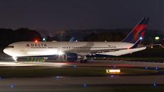 Delta 767-300 (N77022) Tags: atlanta atl katl airport airline delta dal dl boeing 767300er 763 winglets b763 night takeoff