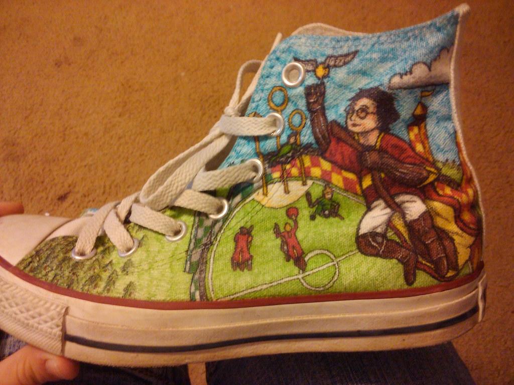 6c74d8809c9b90 Harry Potter (fallonkeegan) Tags  shoes harry potter converse sharpie  custom hogwarts sharpies