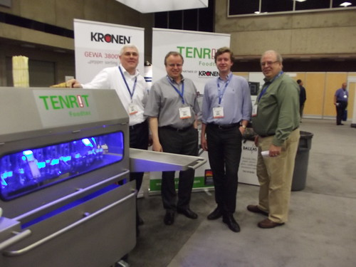 Kronen on the trade show floor
