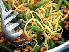 pastaGoodness (Majlee) Tags: walnuts pasta frozengreenbeans