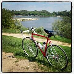 Stop by the Vistula river (luisdosruedas) Tags: primavera bike río river spring bicicleta wisła vistula rower roadbike wiosna rzeka szosówka bicidecarretera wistual