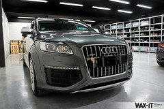 q7v12-1 (Wax-it.be) Tags: auto reflection grey shine power diesel gray grau seal gloss wax audi protection waxing v12 finesse q7 swissvax waxit glossit