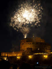 "Castel Sant'Angelo, fuochi d'artificio • <a style=""font-size:0.8em;"" href=""http://www.flickr.com/photos/89679026@N00/7471680926/"" target=""_blank"">View on Flickr</a>"