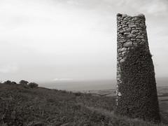 Mine, Rosewall Hill (Joe Milbourn) Tags: bw mine cornwall stives chimny rosewallhill