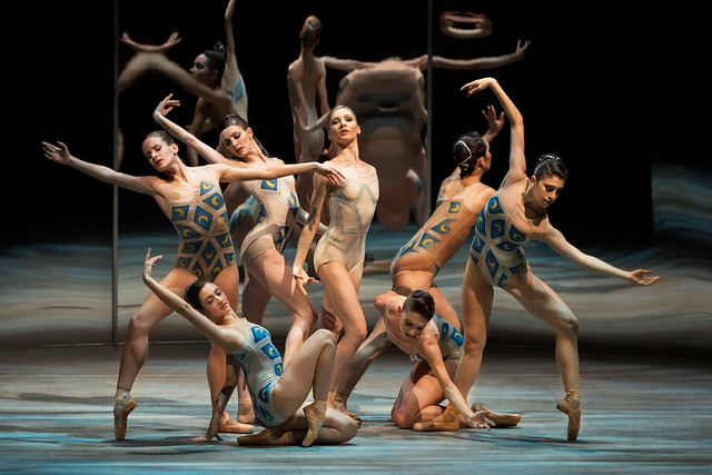 The Royal Ballet in Trespass, Metamorphosis: Titian 2012. © ROH/Johan Persson, 2012.