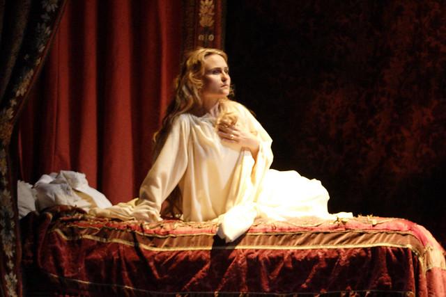 Marina Poplavskaya as Desdemona in Otello. © ROH/Catherine Ashmore