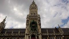 Munich (heytampa) Tags: munich germany marienplatz neuesrathaus newtownhall townhall newcityhall architecture clocktower bells