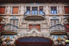 [ front ]  Villa Grock Imperia (magdaebasta) Tags: villagrock imperia circodipietra finestre facciata front