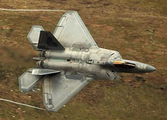 F22 in the loop (Dafydd RJ Phillips) Tags: avgeek natgeo f22 raptor loop mach snowdonia wales tyndall florida lakenheath afb base force air usaf states united america usa level low combat military jet fighter 5th generation