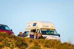 Beach, friends & sunset (Jaime GF) Tags: people friends sunset caravan beach gente amigos atardecer caravana playa nikon d40