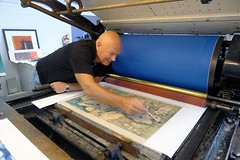 "JVJ printing litography at Kristiansand Grafikkverksted- with the famous Christian Bramsen from Atelier Clot, Bramsen & Georges Paris • <a style=""font-size:0.8em;"" href=""https://www.flickr.com/photos/71143759@N06/7105520195/"" target=""_blank"">View on Flickr</a>"
