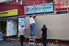 Walpurgisnacht Wedding - 30.04.2012 - Berlin - IMG_8242 (PM Cheung) Tags: wedding berlin protest polizei kundgebung berlinwedding 2012 walpurgisnacht anwohner jobcenter gentrifizierung pmcheung sprengelkiez pomengcheung schaufensterscheiben 30042012 nimmwasdirzusteht revolutionäre30aprildemo antikapitalistischenwalpurgisnacht