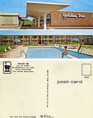 Holiday Inn (Nick Leonard) Tags: old blue orange classic pool beautiful grass sign vintage logo fun colorful rooms doors postcard bricks nick lawn scan retro swimmingpool holidayinn curtains timeless cursive carport divingboard milledgevillegeorgia epson4490 motelrooms nickleonard yourhostfromcoasttocoast