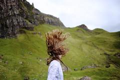 J270/365 - Je fais des réserves (clementine.gras) Tags: 365 faceless autoportrait selfportrait hair breath pureté nature respirer oxygène beauté beauty green écosse scotland redheads flickrfriday
