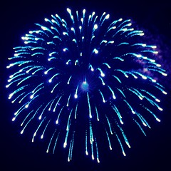 Beautiful Round Firework Shell Burst #EpicFireworks (EpicFireworks) Tags: beautiful round firework shell burst epicfireworks