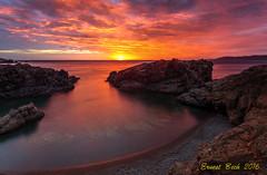 Reality or fiction (Ernest Bech) Tags: catalunya girona costabrava altempord cala mar sea sunrise sortidadesol albada