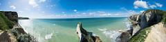 Les falaises d'tretat (AlexandreMass) Tags: etreta panorama landscape mer sea falaise cliff ciel sky hauteur height