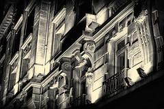20110415-21 34 44a.jpg (Michel Delfeld) Tags: france lumires boulevardhaussmann nb radissonblu hotel paris spia pays hdr nuit hdrlrenfuse exposable