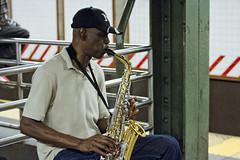 r_160916604_beat0059_a (Mitch Waxman) Tags: 59thstreet midtown musicians newyorkcity rline subway newyork