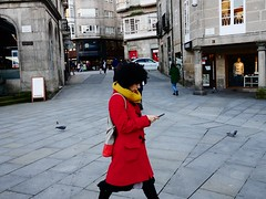 P1290903 (CarluzFoto) Tags: 20mm 2016 color gx7 lumix people peopleonthestreets pontevedra streetphoto streetphotography