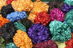 flowers - sort of (Aschevogel) Tags: flowers plastic plastik blumen knstlich artificial color farben bunt indien india hindistan pondycherry puducherry