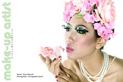 Admirer Of Flowers (Putragrapher Jabrix) Tags: fashionphotography canonef50mmf18 canoneos50d
