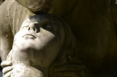 DSC_7915a (Fransois) Tags: cemetery statue nikon montréal thekiss cimetière eternallove lebaiser d9000 amouréternel