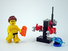 Mini exo-skeleton - deep sea diver pose (LegOH!) Tags: lego space mini scifi exoskeleton spaceman diver mecha deepsea