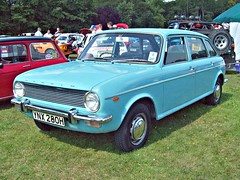 15 Austin Maxi 1500 (1970) (robertknight16) Tags: austin british 1960s 1970s 1980s bmc bl worldcars 194570