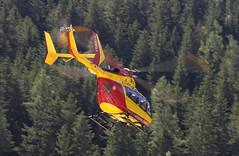 Dragon 74 (sylvie.rochas) Tags: montagne secours chamonix montblanc gendarmerie hlitreuillage ec145 pghm hlicoptere