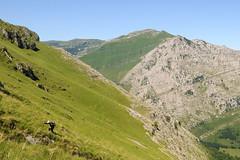 Cantiscuela (Paulo Etxeberria) Tags: mountaineering alpinisme montaismo parquenatural arredondo mendizaletasuna porracolina mortillano colladosdelasn pearocas bilbaoalpinoclub cantiscuela