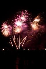 Concours d'Art Pyrotechnique - Bordeaux Fete le Vin 2012 10 (Val_tho) Tags: canon eos fireworks thomas bordeaux garonne canoneos feu artifice 2012 valadon sigma1850f28 1850mmf28 sigma1850mm28exdc 400d eos400d sigmaex1850mmf28 bordeauxfetelevin moskitom