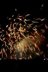 Concours d'Art Pyrotechnique - Bordeaux Fete le Vin 2012 39 (Val_tho) Tags: canon eos fireworks thomas bordeaux garonne canoneos feu artifice 2012 valadon sigma1850f28 1850mmf28 sigma1850mm28exdc 400d eos400d sigmaex1850mmf28 bordeauxfetelevin moskitom