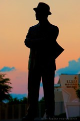 Tom Landry - The Man in the Hat (Matt Pasant) Tags: hat cowboys arlington football coach baseball fireworks nfl fedora superbowl rangers defense fca 4x3 canonef70200mmf28lis tomlandry