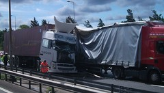 MJD Group. Truck Crash, M1 Northamptonshire. (Drive-By Photography) Tags: mjdgroup truck crash accident hgv lorry lorries m1 northamptonshire kx07yzh ecs