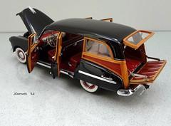1949 Oldsmobile 88 Wood-Bodied Station Wagon (JCarnutz) Tags: 1949 oldsmobile stationwagon diecast 124scale danburymint futuramic88