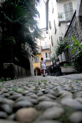 Una via caratteristica di Locarno (Familygo) Tags: travel kids children lago bambini svizzera viaggi viaggio