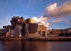 Metallic world - Guggenheim Bilbao (syssy70) Tags: museum spain bilbao espana guggenheim titanium espagne spagna euskal herria paesi baschi