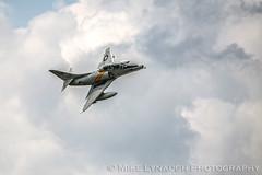 A-4 Skyhawk - 2016 Thunder Over Michigan Air Show (mikelynaugh) Tags: thunderovermichigan airshow tom2016 2016tom tom ypsilanti michigan mi airshowphotos photos photosof mikelynaugh lynaugh aviation yankeeairmuseum willowrunairport willowrun a4 a4skyhawk skyhawk scooter