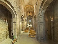 _8300156 (Pak) Tags: iglesia castillo casrdona catalonia arquitectura angular perspectiva