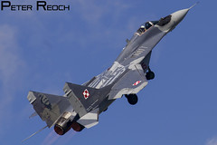 105 / Polish Air Force / MiG-29 Fulcrum (Peter Reoch Photography) Tags: zeltweg air base airshow display show flying airpower16 airpower austria austrian force aviation aircraft poland polish mig mig29 fulcrum soviet jet fighter