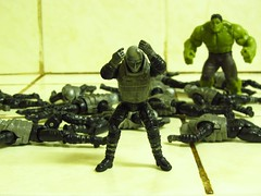 (Erectus Bee) Tags: gijoe toys actionfigure cobra philippines hulk marvel viper marvelcomics avengers 2012 hasbro thehulk petron brucebanner toyphotography neoviper riseofcobra erectusbee
