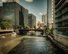 river ferry (Louis Quattrini) Tags: chicago cityscape lakes fieldmuseum regatta theloop sailboats thebean skydeck cityskyline sheddaquarium millenniumpar adelrpanetarium grantparkmlakemichigan