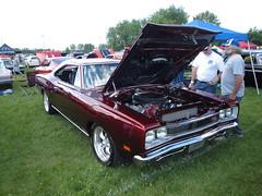 69 Dodge Coronet R/T (DVS1mn) Tags: park county cars 1969 car minnesota fairgrounds midwest head nine dodge hemi mopar 69 mn dakota wedge sixty nineteen wpc walterpchrysler mopars pentastar chryslercorporation nineteensixtynine