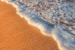 Morning Light at the Beach (mojo2u) Tags: hawaii maui foam bigbeach nikon2470mm nikond700
