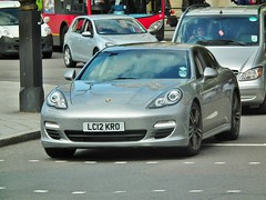 Porsche Panamera (kenjonbro) Tags: uk london westminster silver trafalgarsquare porsche charingcross 2012 sw1 panamera kenjonbro fujihs10 lc12kro